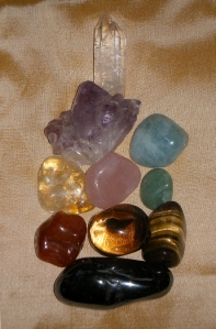 Essential Healing Stones, 2012 © www.thecrystallotus.com
